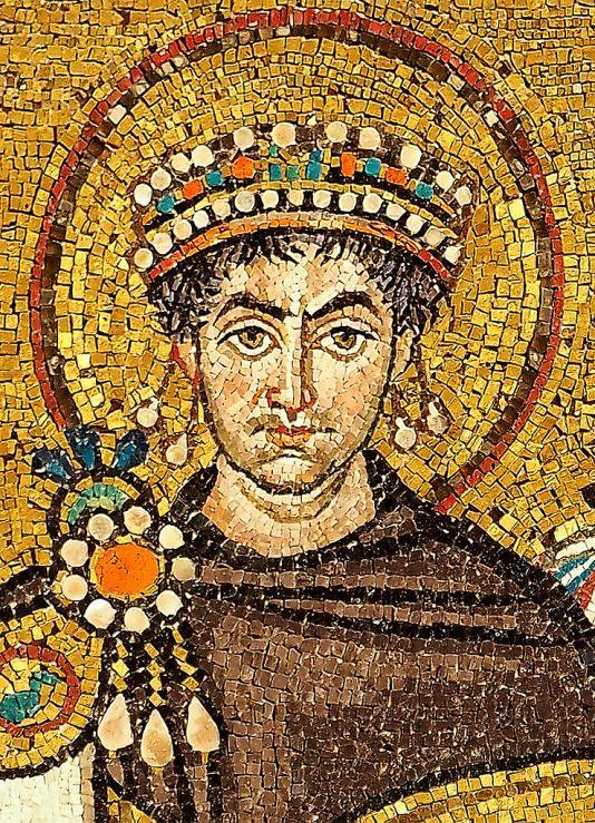 mosaic_of_justinianus_i_-_basilica_san_vitale_ravenna-1